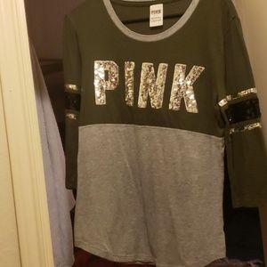 VS pink. Shirt